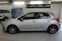Toyota Auris 1,4 D-4D Luna