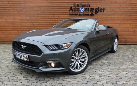 Ford Mustang 2,3 EcoBoost Convertible aut.