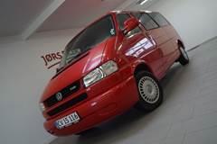 VW Caravelle 2,5 TDi