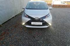 Toyota Aygo 1,0 VVT-I X-Play Air  5d