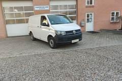 VW Transporter 2,0 TDi 140 Kassevogn kort