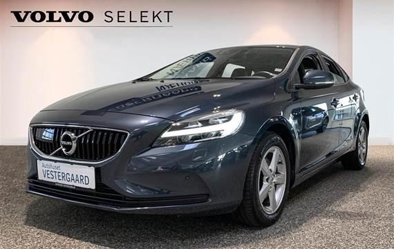 Volvo V40 2,0 T3 Momentum  Stc 6g