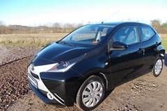 Toyota Aygo 1,0 VVT-i x-black