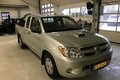 Toyota HiLux 2,5 D-4D 120 Ex.Kab