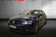 VW Jetta 2,0 TDi 140 Highline BMT