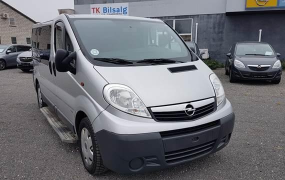 Opel Vivaro 2,5 CDTi 146 L1H1 Combi MTA