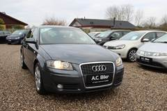 Audi A3 2,0 FSi Attraction SB