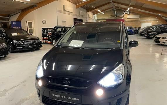 Ford S-MAX 2,0 TDCi 140 Titanium Coll. aut 7p