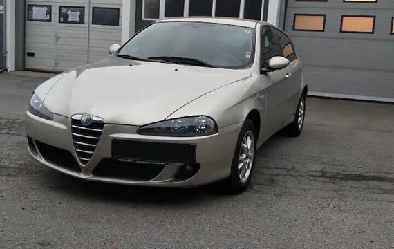 Alfa Romeo 147 1,6 TS 16V 105