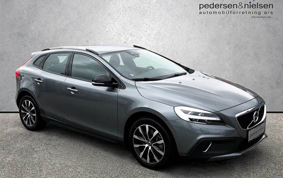 Volvo V40 Cross Country 1,5 T3 Dynamic Edition 152HK Stc 6g Aut.