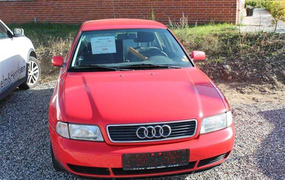 Audi A4 1,8 Avant 1,8 125HK Stc
