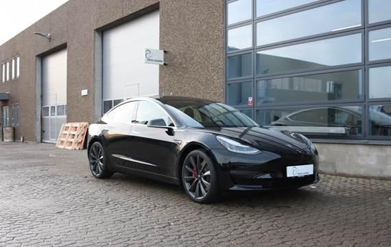 Tesla Model 3 - Performance
