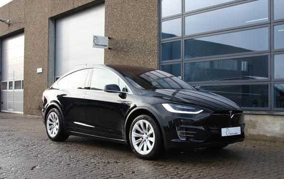 Tesla Model X - Performance