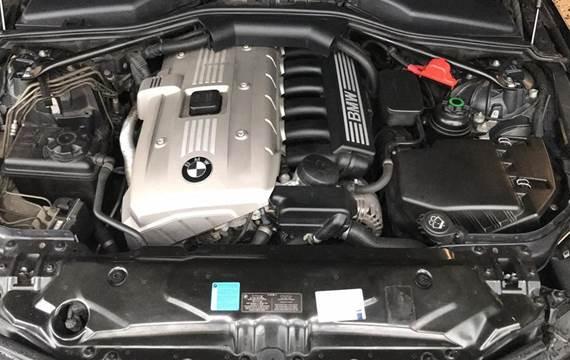 BMW 523i 2,5 177HK 6g