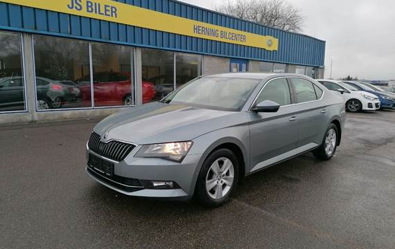 Skoda Superb 2,0 TDi 150 Ambition