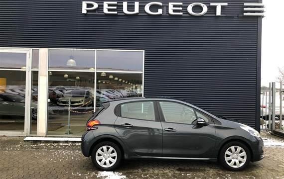 Peugeot 208 1,6 BlueHDi Active  5d