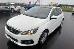 Peugeot 308 1,5 BlueHDi Selection Sky  5d 6g