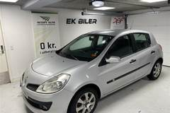 Renault Clio 16V Beat Up 98HK 5d