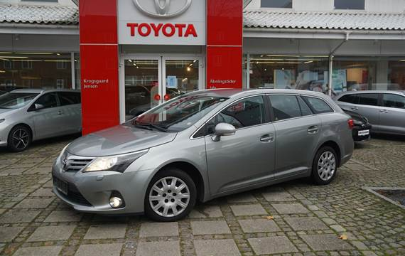 Toyota Avensis D-4D DPF T2 Touch 126HK Stc 6g