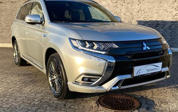 Mitsubishi Outlander 2,4 PHEV Instyle S Edition 4WD  5d