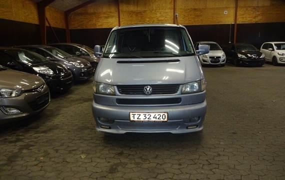 VW Caravelle 2,5 TDi 102 9prs