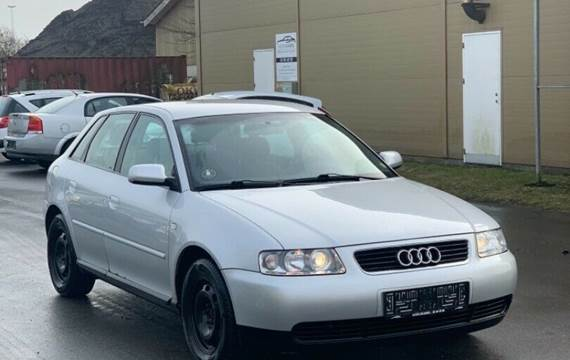 Audi A3 1,8 T 180 Attraction