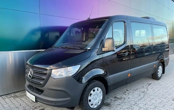 Mercedes Sprinter 211 2,2 CDi A1 Tourer RWD
