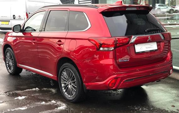 Mitsubishi Outlander 2,4 PHEV Instyle S-Edition 4WD  5d 6g Trinl. Gear
