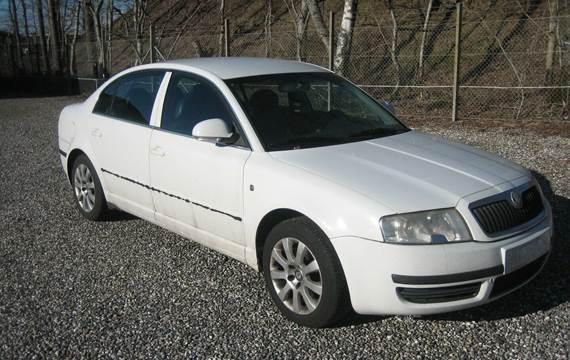 Skoda Superb 2,8 V6 Elegance Tiptr.
