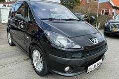 Peugeot 1007 1,6 Sporty 2-tr.