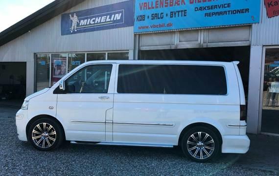 VW Multivan 2,5 TDi 174 Highline Tiptr.