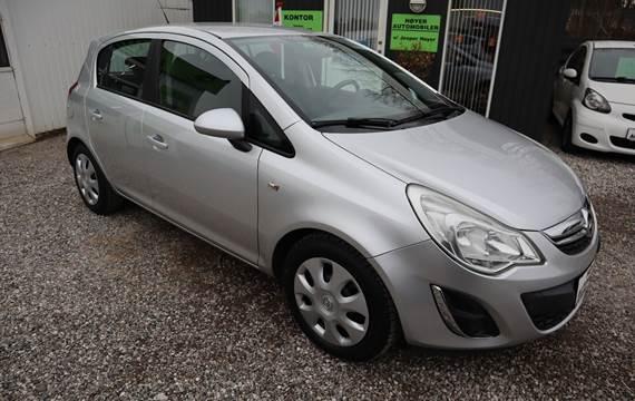 Opel Corsa 1,2 16V Cosmo