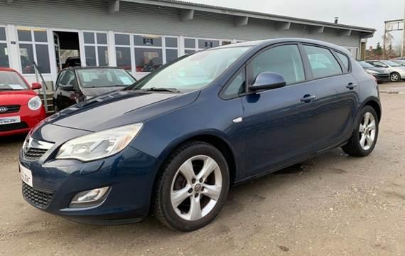 Opel Astra 1,7 CDTi 110 Enjoy