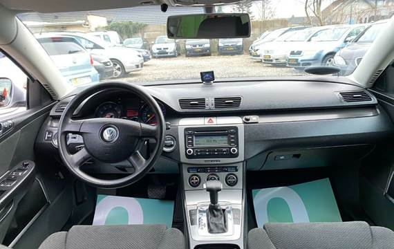 VW Passat 1,6 FSi Trendline DSG