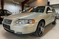 Volvo V70 2,5 T Momentum AWD