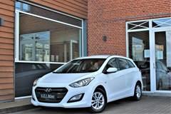 Hyundai i30 1,6 CRDi 110 Premium CW DCT