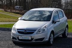 Opel Corsa 1,2 16V Silverline