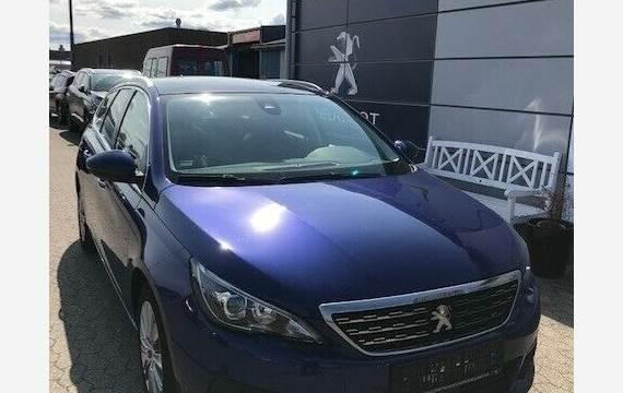 Peugeot 308 1,5 BlueHDi 130 Selection Sky SW