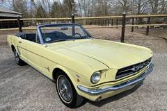 Ford Mustang 4,7 V8 Cabriolet aut.
