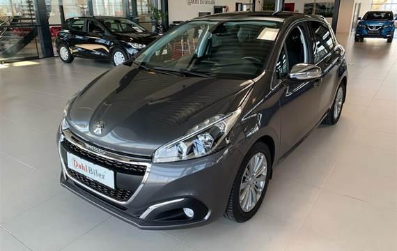 Peugeot 208 1,6 BlueHDi Allure Sky  5d