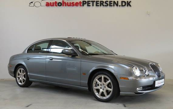 Jaguar S-Type 4,2 V8 Executive aut.