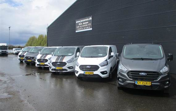 Ford Transit 2,0 300 L2H1  TDCi Trend *TO SKYDEDØRE*  Van