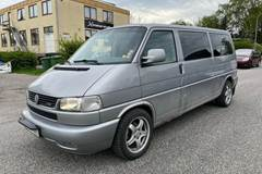 VW Caravelle 2,5 TDi 102 10prs