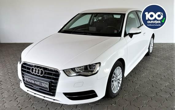 Audi A3 1,6 TDi 110 Ultra Attraction