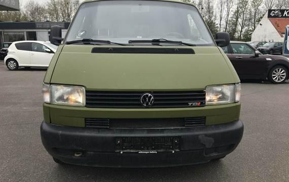 VW Transporter 2,5 TDi Kassevogn