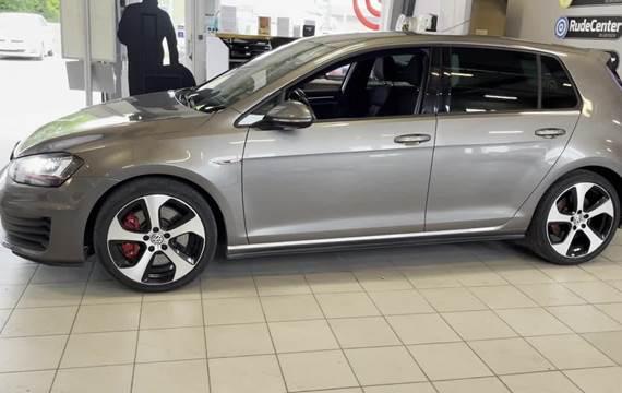 VW Golf VII 2,0 GTi Performance DSG BMT