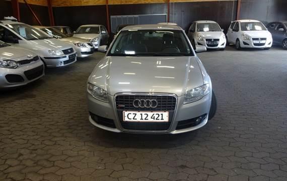 Audi A4 2,0 TDi 140 S-line