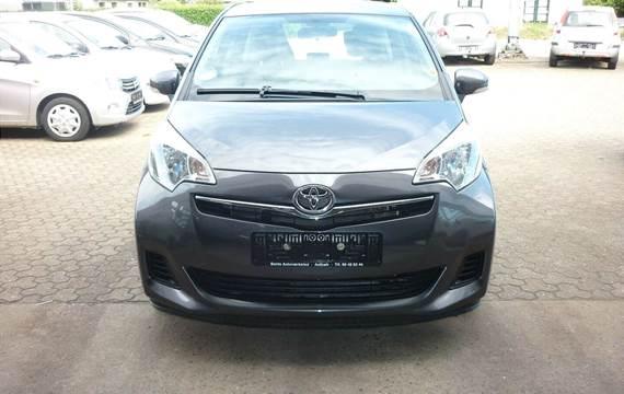Toyota Verso-S 1,3 VVT-i T2