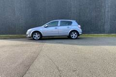 Opel Astra 1,4 16V Essentia