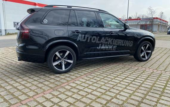 Volvo XC 90 Volvo XC90 D5 AWD *BlackEdition*STHZ*OnCall*LED*20Zoll